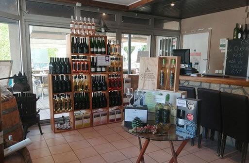 Les vins des vignerons Montagnac Domitienne sont en vente au caveau de Tourbes